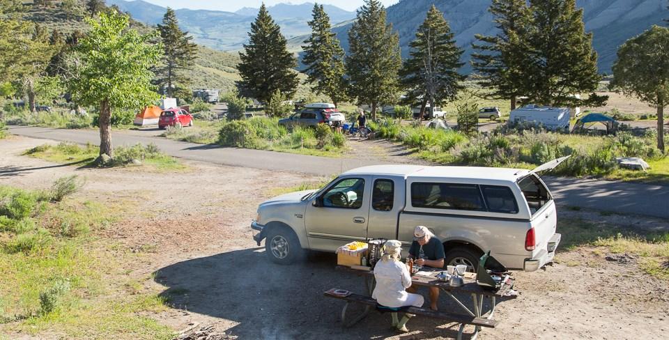 Yellowstone Mammoth Campground
